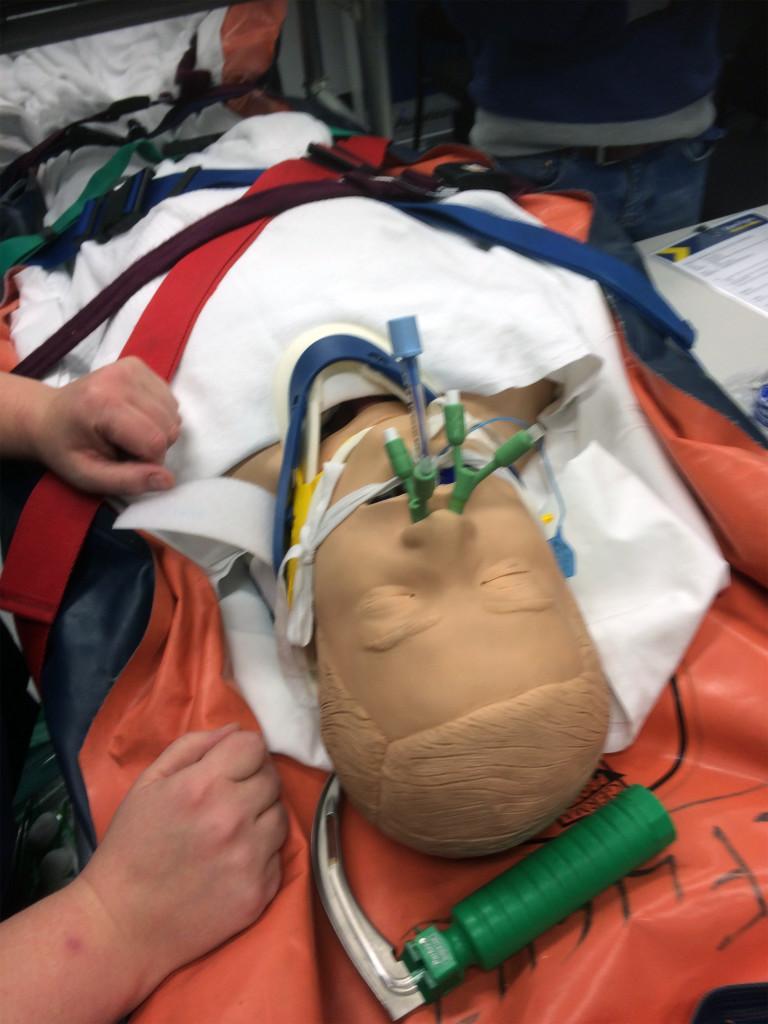 Undervisning i pakning af patienter med ustabile ansigtsfrakturer i Henhold til den gældende SOP.